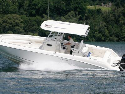Boston Whaler 320 Outrage Rapport de test