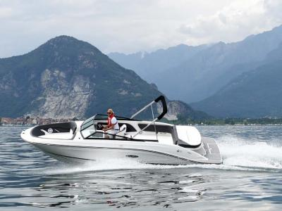 Sea Ray SPX 230 Rapport de test